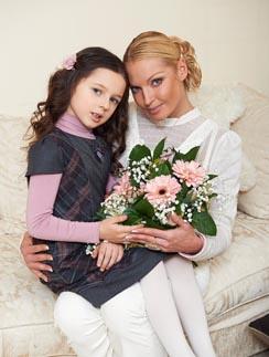 Настя планирует купить  для себя  и дочери Ариши дом  в Подмосковье