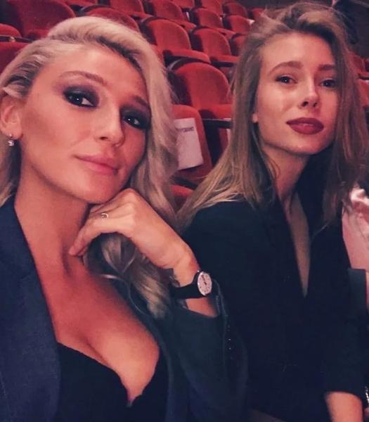 Настя Ивлеева и Юлия Коваль