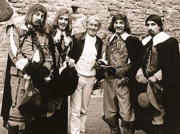 За съемки в продолжении истории о мушкетерах артисты получили маленькие гонорары
