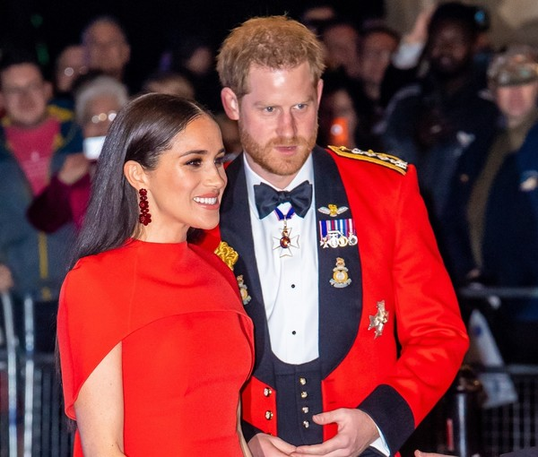 На грани банкротства: почему принц Гарри и Меган Маркл стремительно теряют деньги