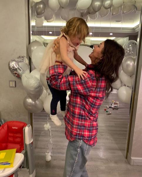В феврале Есене, дочери Алисы и Андрея, исполнится три