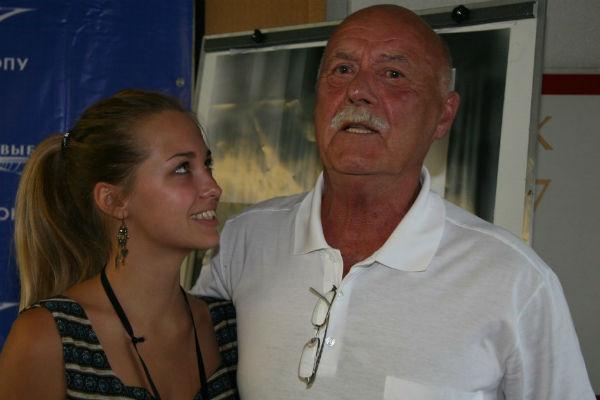 Станислав Говорухин и 17-летняя Аглая Шиловская