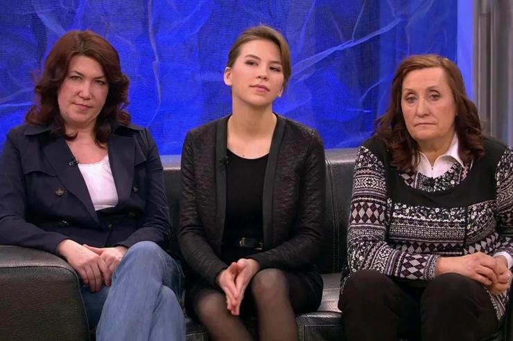Четыре года назад в шоу «Пусть говорят» объявилась неизвестная семья актера