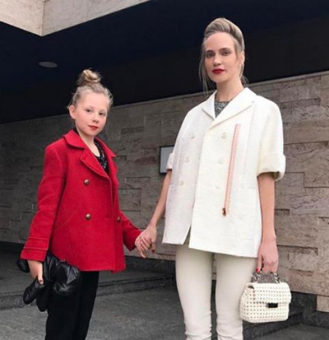 Глюк'oZa с дочерью Лидой