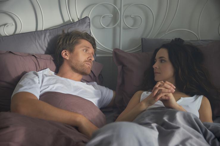 Дмитрий и Анна познакомились на съемках и сразу по сюжету оказались в постели