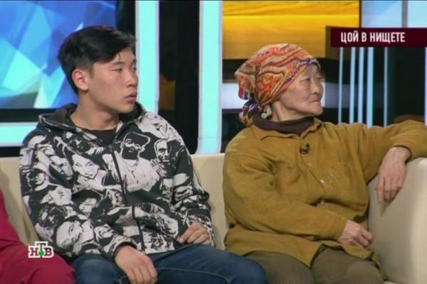 Татьяна Цой с внуком Михаилом