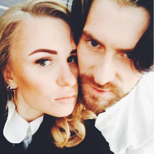 Режиссер совсем недавно вышла замуж за танцора Вадима Любушкина