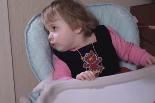 Маленькая Полина страдает от недуга