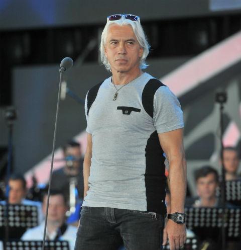 Друзья и коллеги скорбят по ушедшему из жизни Дмитрию Хворостовскому