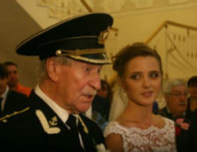 Иван Краско и его молодая жена оказались венчаны с другими