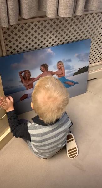 Сын Ксении уже оценил новые снимки матери