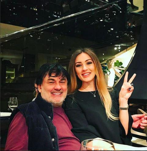 Новости: Александр Серов обвинил бывшую жену в воровстве  – фото №1