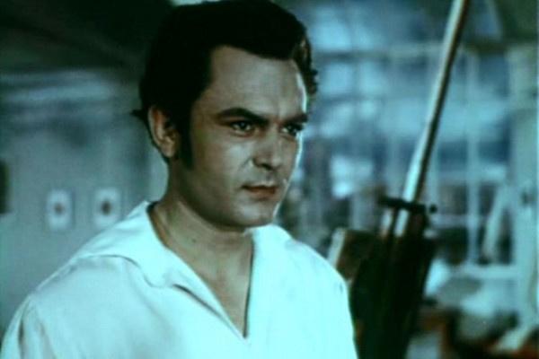 По окончании войны Сергей Бондарчук начал сниматься в кино