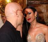 Ольга Бузова одарила поцелуями Дмитрия Нагиева