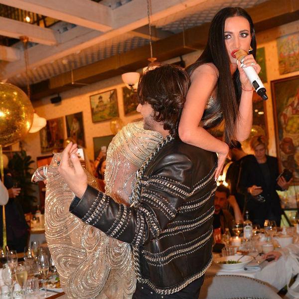 Ольга Бузова давно привыкла к своей невероятной популярности
