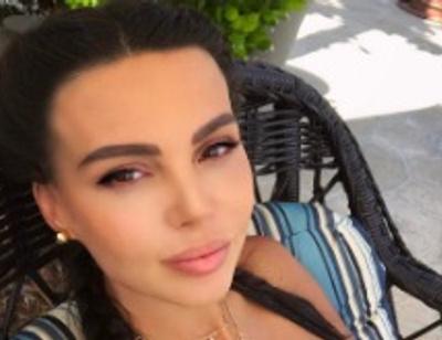 Беременная Оксана Самойлова истязает себя в спортзале