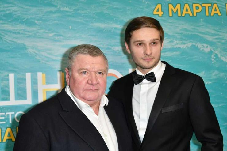Роман Мадянов с сыном