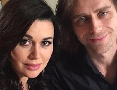 Анастасия Заворотнюк выполняет все капризы мужа