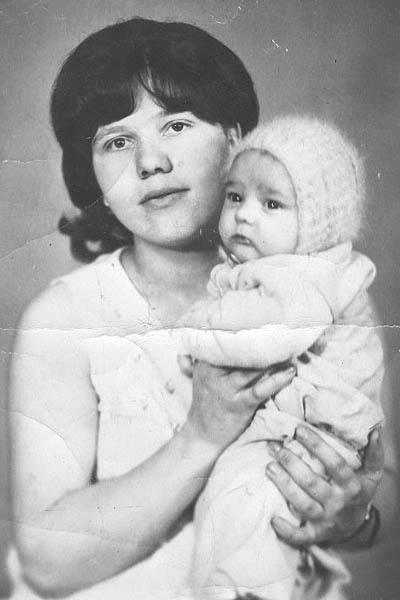 Юра Шатунов и его мама