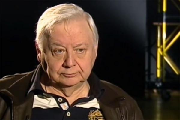 Олег Табаков дал понять, что ему не хочется публично говорить о старшей дочери