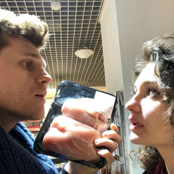 Никита и Маша вместе несколько месяцев