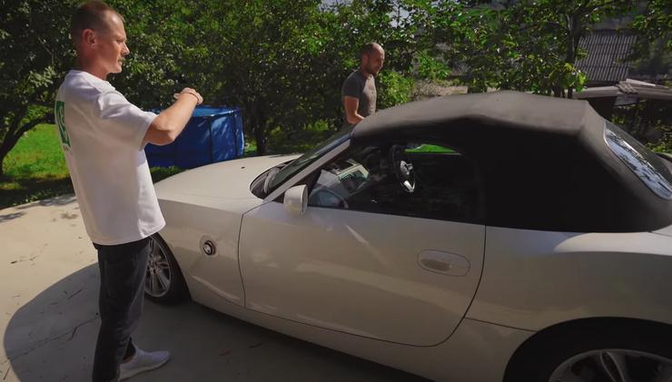 Блогер заработал на дорогостоящее авто