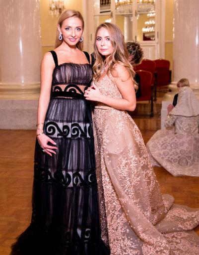Татьяна Навка с дочерью Сашей Жулиной