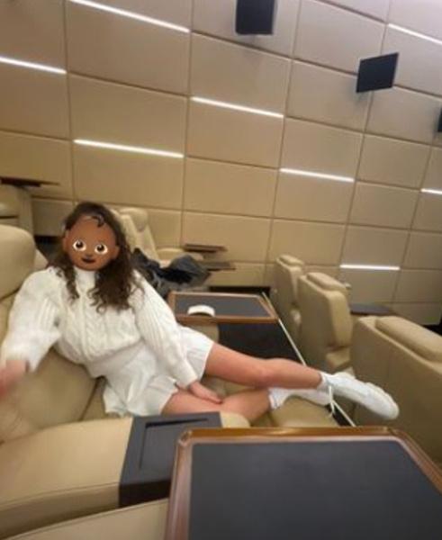 Адель опубликовала в личном блоге фото из кинотеатра