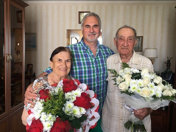 Фотография родителей музыканта была сделана в Подмосковье