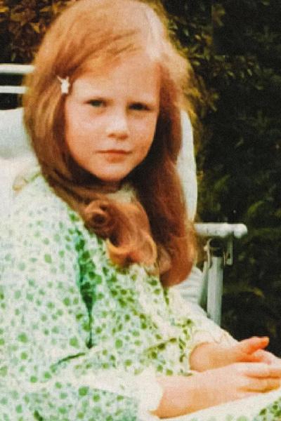 От природы у Николь рыжие волосы