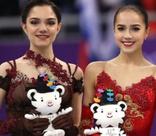 Звезды в восторге от триумфального выступления Загитовой и Медведевой
