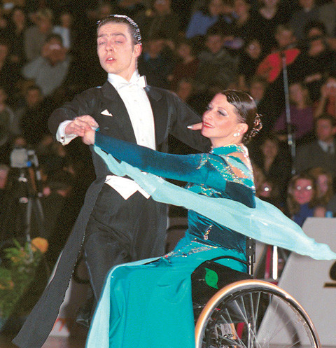 16 лет назад Елена Лозко с Дмитрием Поляковым завоевали «золото»