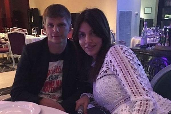 Андрей и Алиса разводятся через суд