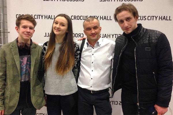 Олег Митяев поддерживает связь со всеми детьми