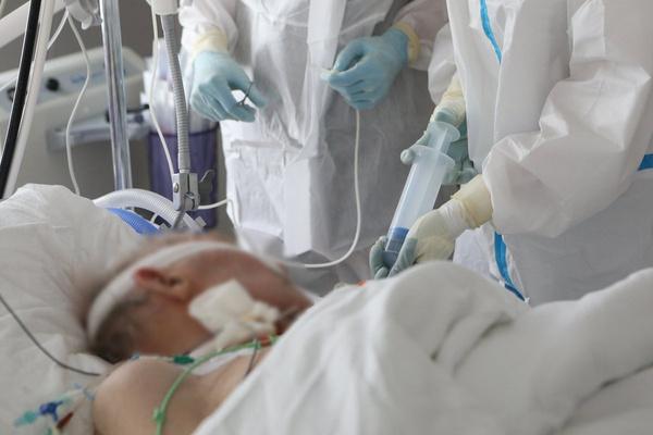Пациенты в тяжелом состоянии надеются лишь на помощь врачей