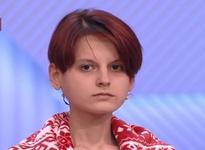 «Начал меня лапать, потом изнасиловал». Весящая 34 килограмма девушка призналась, почему худела