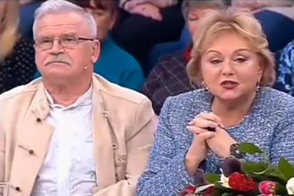 В третьем браке актер счастливо живет уже 45 лет