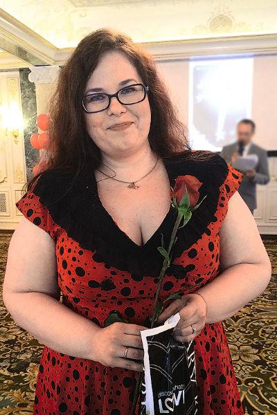 Летом 2016 года Юля весила 112 кг, периодически садилась на диету, но вес возвращался