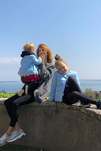Дочери актрисы живут дружно