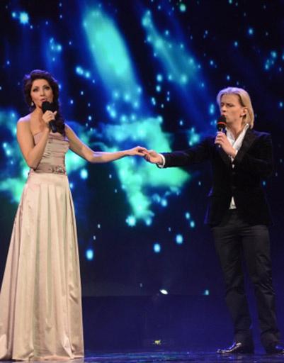 Актеры Анастасия Макеева с Глебом Матвейчуком