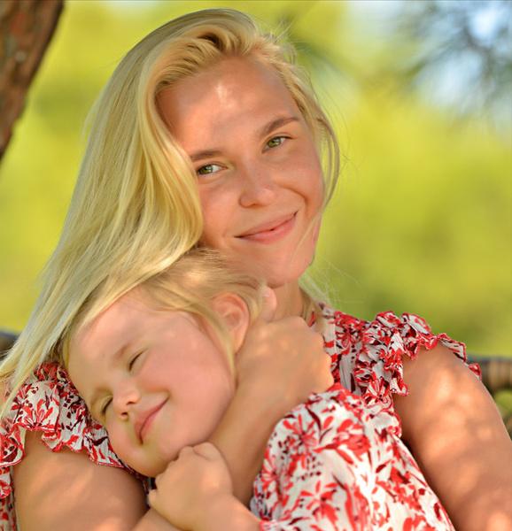 Пелагея сама обеспечивает ребенка