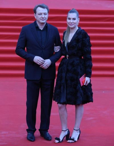 Марат Башаров с женой Елизаветой Шевырковой