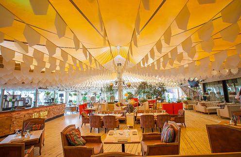 Веранда ресторана Shakti Terrace
