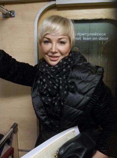 Мария Максакова в киевском метро