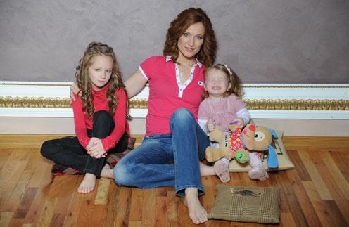 Мария Киселева с дочками