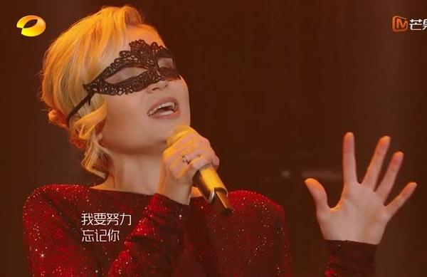 Полина Гагарина стала участницей китайского музыкального шоу