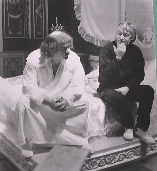 Кардинала Мазарини сыграл Анатолий Равикович