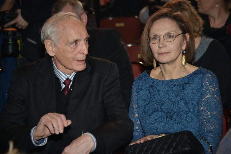 Супруги в браке почти 50 лет