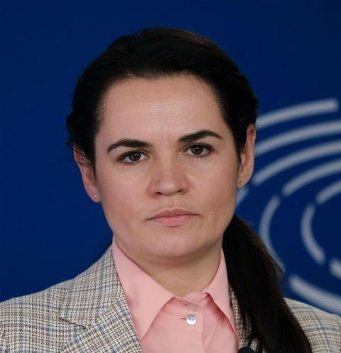 Путь от домохозяйки до кандидата в президенты: главное из интервью Светланы Тихановской Ирине Шихман