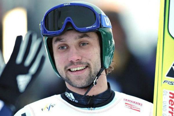 Павел Карелин